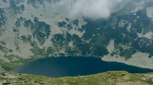 Строителството на нови ски писти и инфраструктура в националните паркове като Пирин противоречи на закона