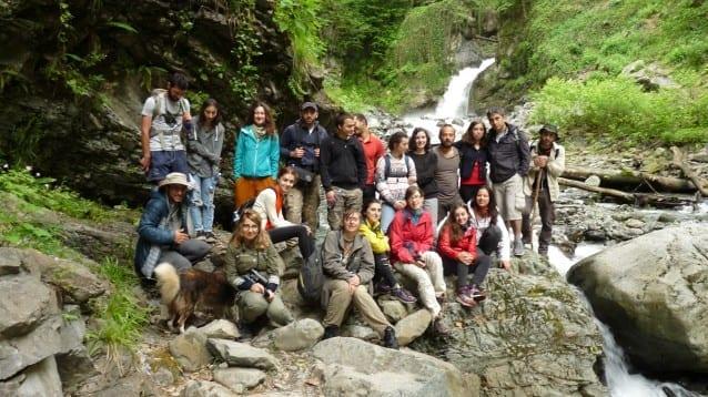Млади хора поемат предизвикателството да защитават природата