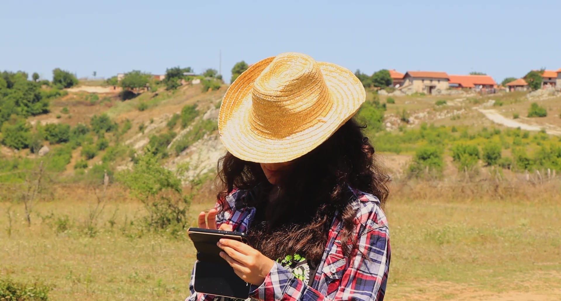 Как да използвате приложението SmartBirds Pro? Гледайте новото ни видео